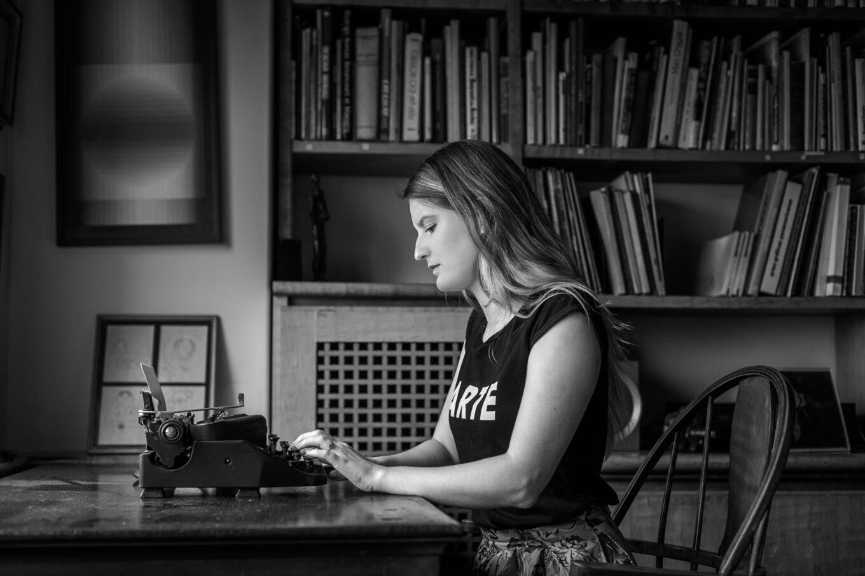 Aprende a contar historias con el consultorio literario Verónica Toro